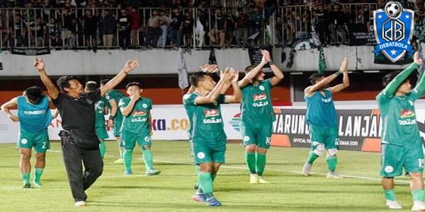 PSS Sleman vs Semen Padang