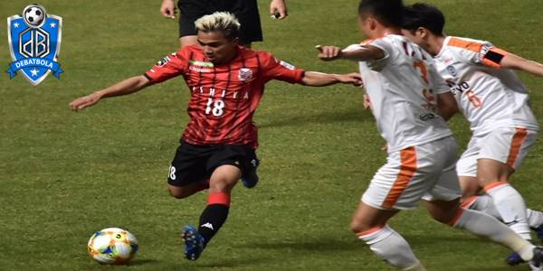 Oita Trinita vs Consadole Sapporo