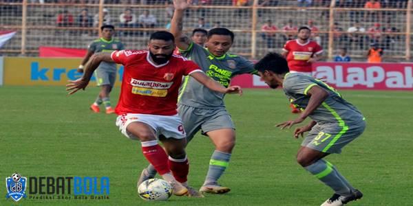 Badak Lampung vs Persela