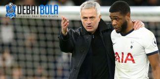 Japhet Tanganga & Mourinho