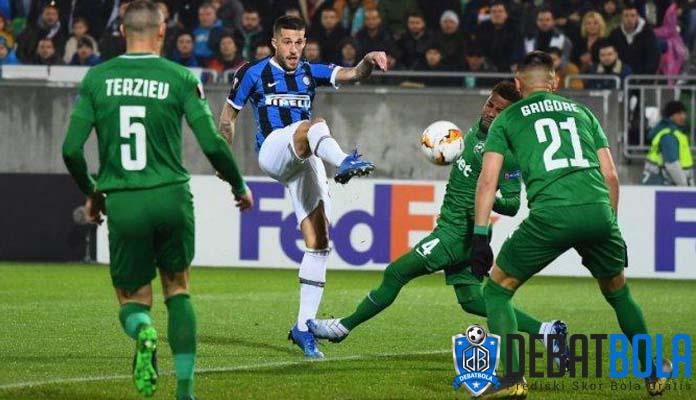 Virus Korona Sebabkan Penundaan di Sepakbola Italia