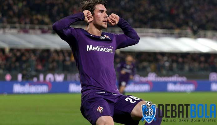Cerita Dusan Vlahovic, Pemain Fiorentina yang Positif Terpapar Virus Corona