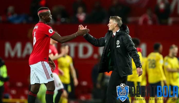 Paul Pogba Akan Bertahan di Man United