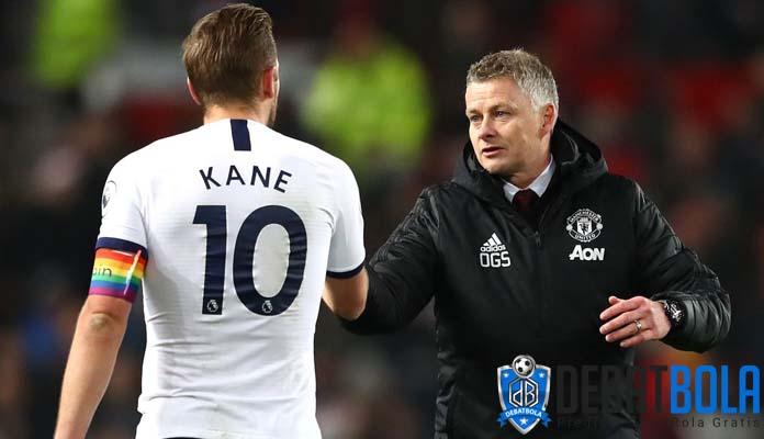 Rio Ferdinand: Man United Harus Rekrut Kane, Tapi….