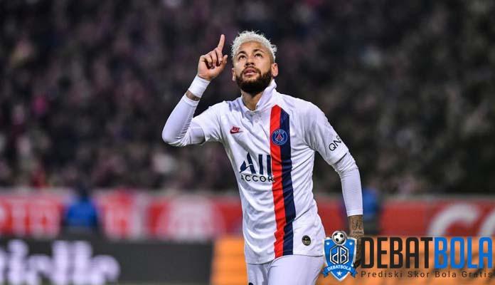 Roberto Carlos Inginkan Real Madrid Rekrut Neymar