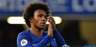Willian Beberkan Kesulitan Bermain Sebagai Winger di Liga Inggris