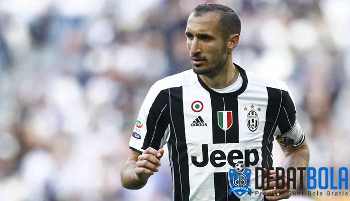 Chiellini Nyaris Tinggalkan Juventus Dua Kali