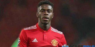 Aston Villa Siap Royal, Bek Manchester United Diincar