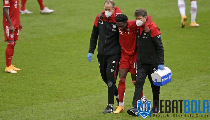 Pelatih Bayern Munich Memilih Pengganti Alfonso Davies